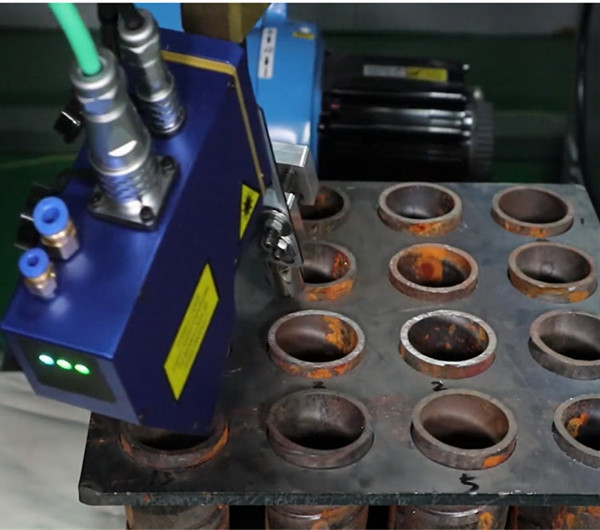 Turin Welding Robot: Laser Tracking and Laser Location System for Welding Robot