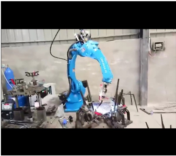 CRP Robot - Skillful welding, light weight lifting!