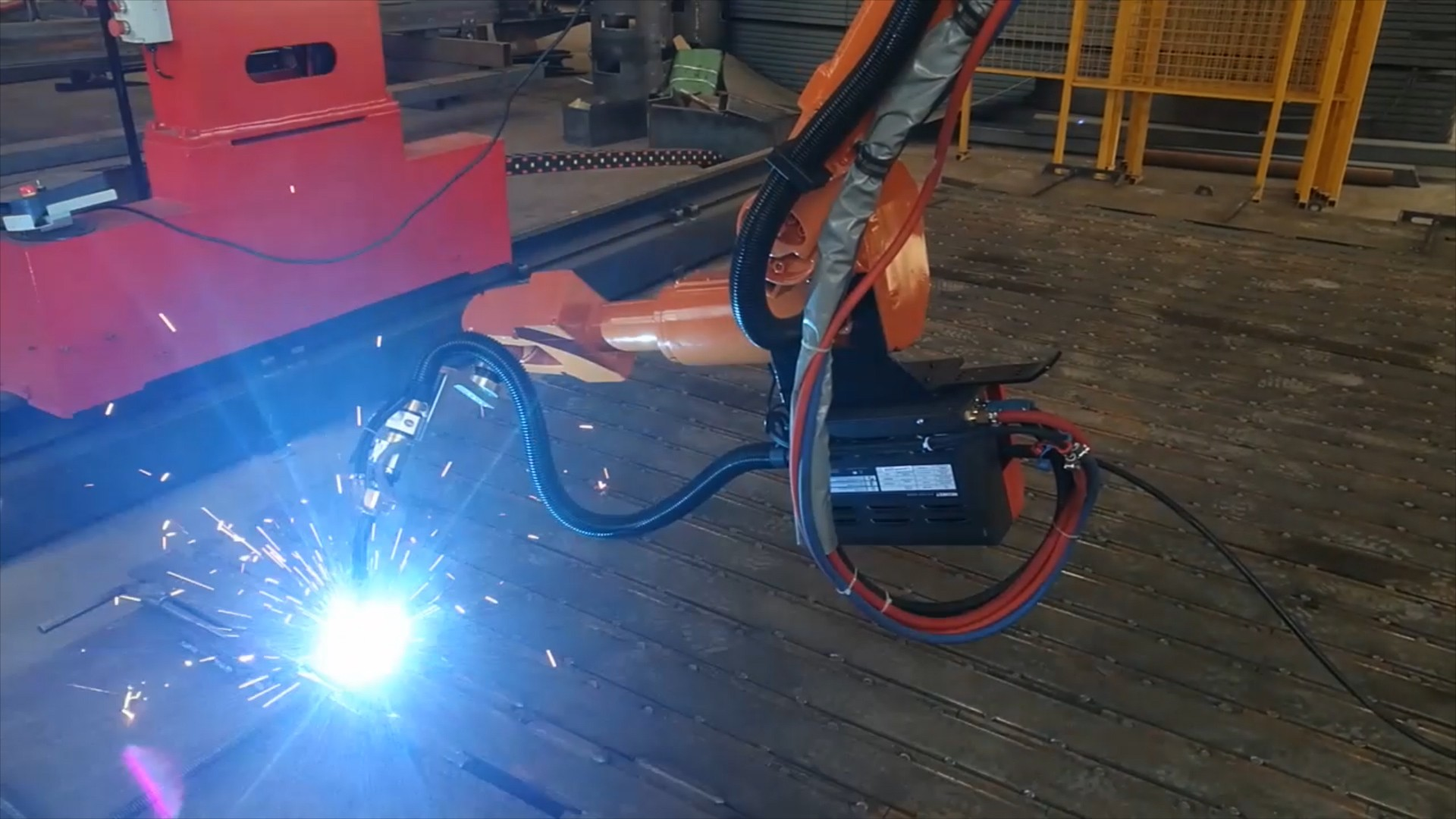 Position Finding Arc Tracking Welding