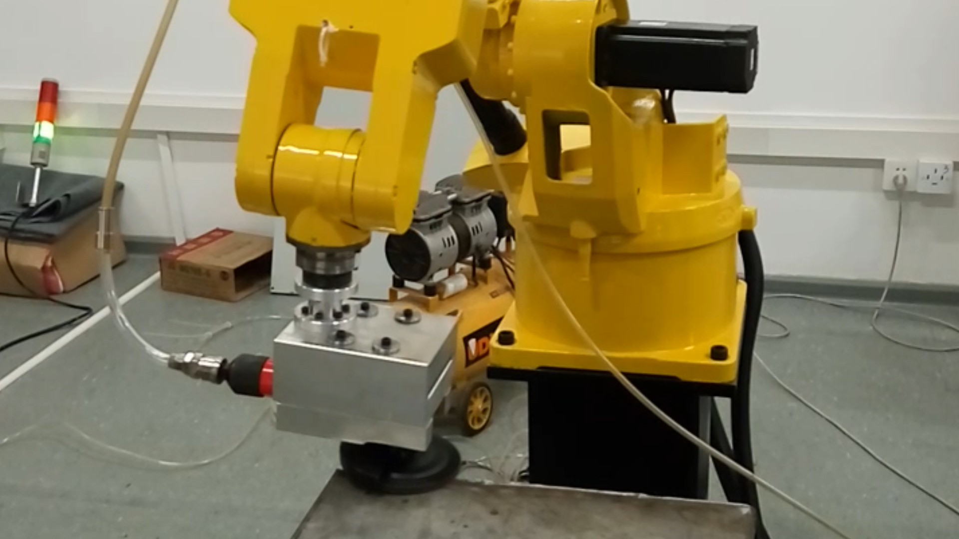 Turing Robot Welding Scar Polishing