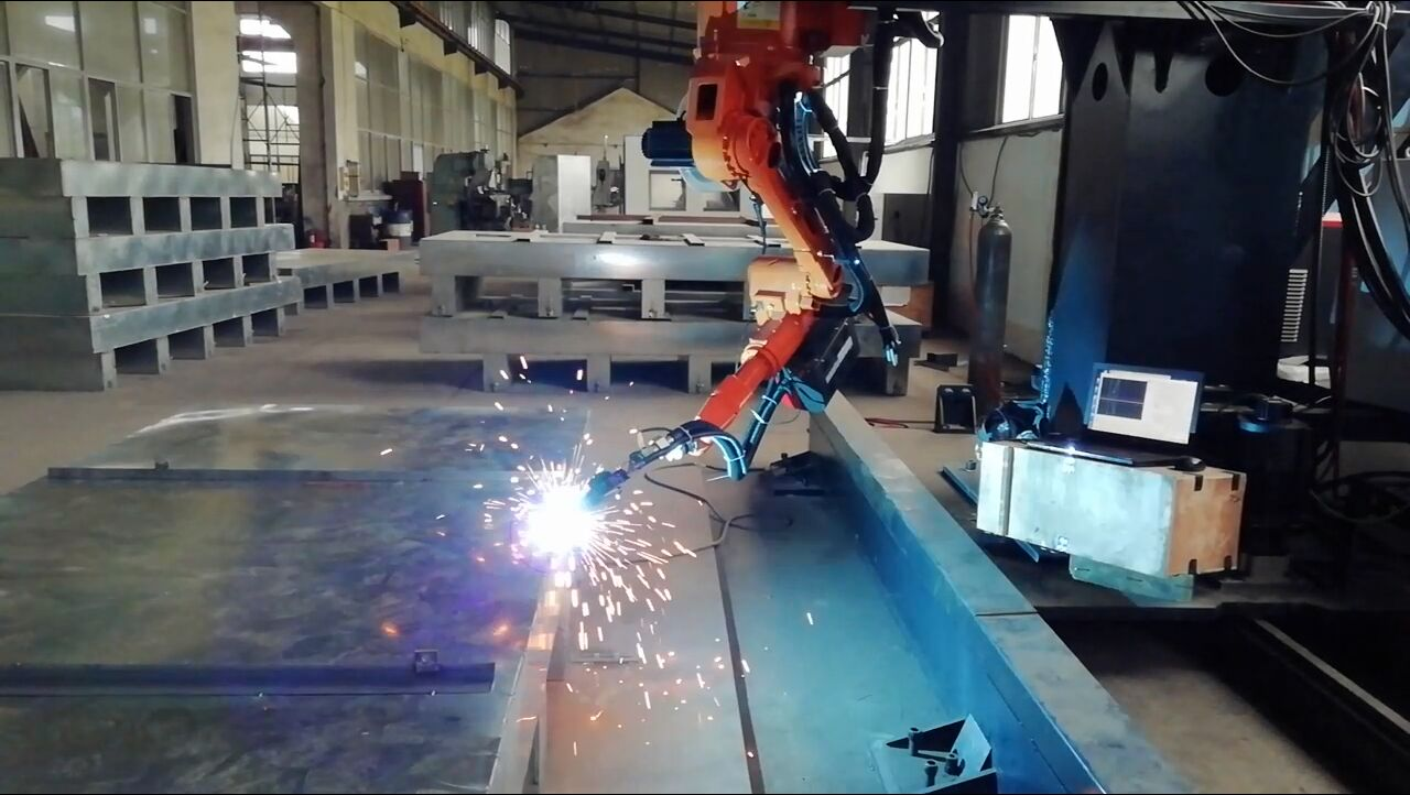 Arc Welding Robot with Laser tracker